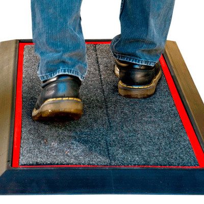 Sanmp1 Sanistride Mat And Pad In Black Foot Shoe Boot
